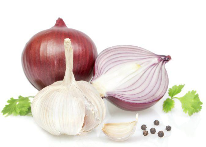 лук, чеснок, перец и зелень
