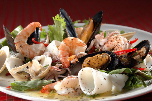 Различные виды морепродуктов