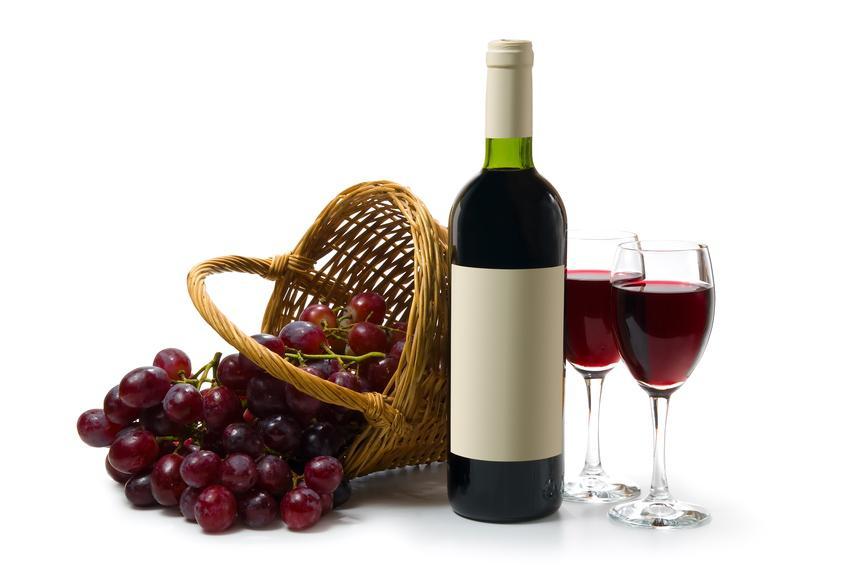 Вино с корзиной