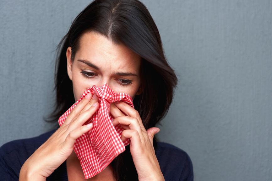Аллергия у женщины на лук