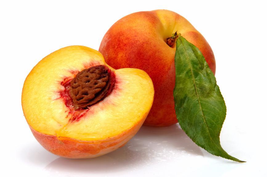 Персик с косточкой
