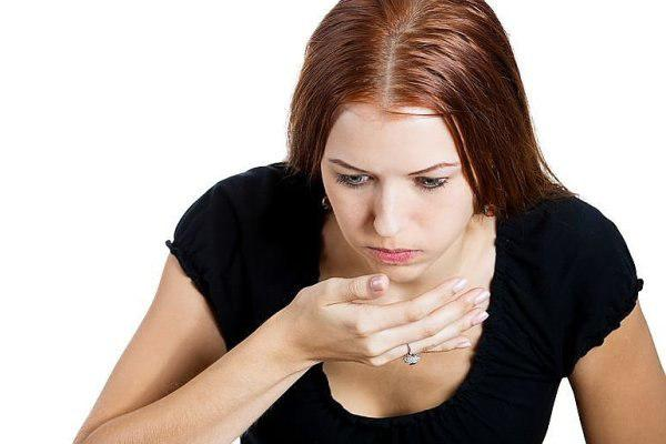 Тошнота во время аллергии на арахис