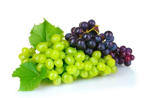 Виноград на белом фоне